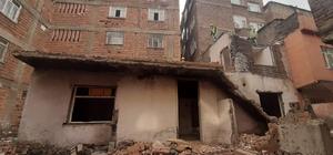 Deprem sonrası Bağlar'da yapı kontrol alarmı