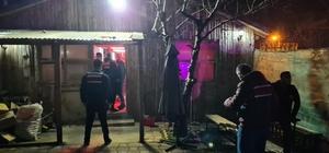 Bursa'da bağ evini eğlence mekanına çevirdiler, baskından kaçamadılar