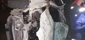 Adana'da otomobil portakal bahçesine devrildi: 2 ölü