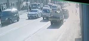 Bursa'da kırmızı ışıkta dehşet anları...Küçük çocuk metrelerce sürüklendi Kırmızı ışıkta geçen ticari araç küçük çocuğa çarptı o anlar kameralara yansıdı