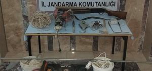 Para bulmak isteyen define avcıları 26 bin TL'lik ceza yedi Kaçak kazıya suçüstü: 8 gözaltı