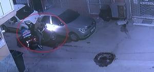(Özel) Pizzacının motosikletini böyle çaldı Acemi hırsızın macerası tekmeyle son buldu