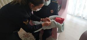 Jandarmadan sel şehidinin doğum yapan ailesine ziyaret