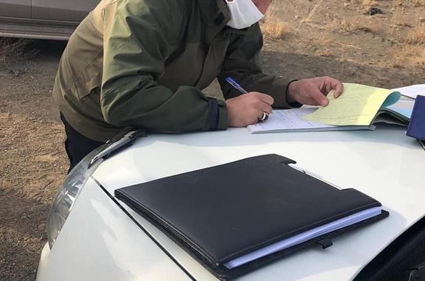 Sivas'ta usulsüz avlanan 4 şahıs yakayı ele verdi Sivas'ta ekiplerin kontrolleri sırasında usulsüz avlandığı tespit edilen 4 şahsa cezai işlem uygulandı.