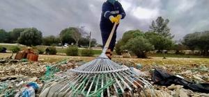 Didim'de sahil temizliği yapıldı, 1 ton çöp toplandı