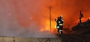 """Her yıl onlarca evin yanarak küle döndüğü Kastamonu'da uzmanlar uyardı: """"1984 yılından kalma elektrik tesisatlarını kullandığımız için yangınlar çıkıyor"""" Kastamonu'da 10 yılda 537; son 6 ayda 81 ev, 10 ahır ve 10 samanlık yandı"""