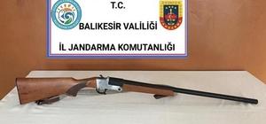 Balıkesir'de jandarma 23 aranan şahsı yakaladı