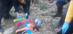Traktör şarampole devrildi; 2 ağır yaralı