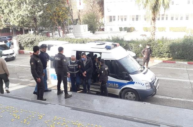 Uyuşturucu tacirlerine şafak operasyonu Operasyonda gözaltına alınan 5 kişi tutuklandı