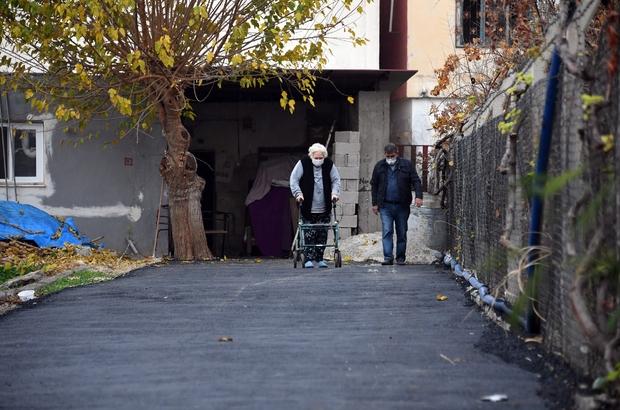 Yürüme engelli kadının yol engeli ortadan kaldırıldı