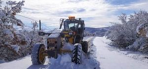 Karla kapanan 138 köy yolu ulaşıma açıldı
