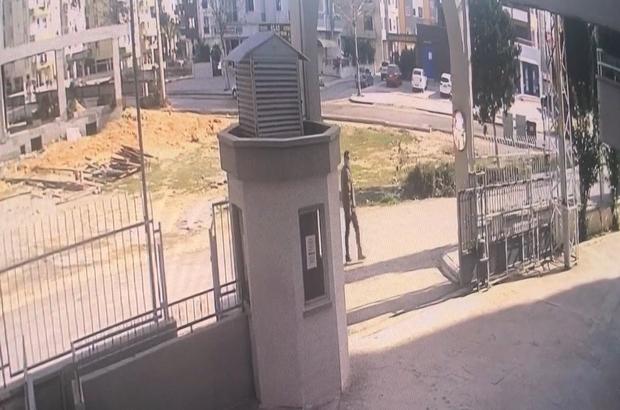 Göbekçi hırsız yakalandı Mersin'de evlerin kapı kilit göbeğini sökerek hırsızlık yaptığı iddia edilen bir kişi, çıkarıldı mahkemece tutuklandı