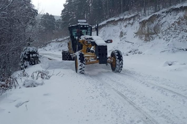 Düzce'de 130 köy yolu ulaşıma kapandı