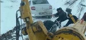 Tekman'da 30 köy yolu ulaşıma kapandı