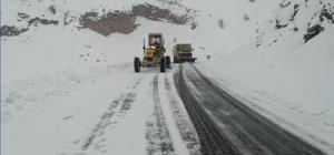Malatya Büyükşehir'in kar mesaisi devam ediyor