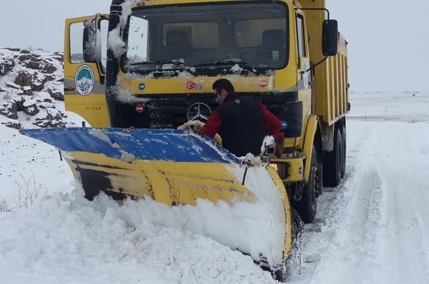 Büyükşehir'in 'kar' timi hafta sonu 276 mahalle yolunu açtı