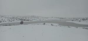 Kulp'taki sulama göleti son yağışlarla hayat buldu