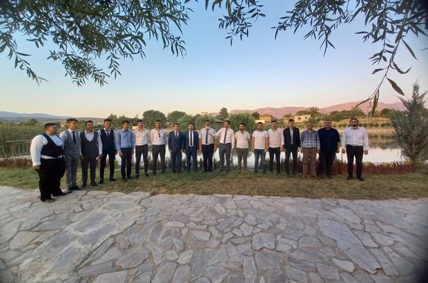 Ülkücü gençler Dalaman Çayı için harekete geçti Dalaman Çayı'nın eski güzelliğine kavuşması için çalışma başlatıldı