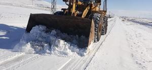Kuzey ilçelerinde karla mücadele Büyükşehir Belediyesi il genelinde kar yağışı olan bölgelerde karla mücadele ve yol açma çalışmalarını aralıksız olarak sürdürüyor