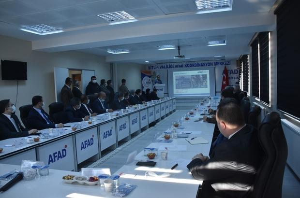 Bitlis'te İl Afet Risk Azaltma Planı Bilgilendirme toplantısı düzenlendi