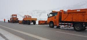 Erzincan'da kar ve tipiden 177 köy yoluyla ulaşım sağlanamıyor