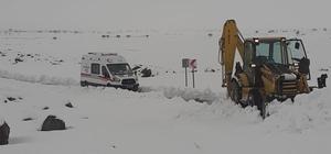 Diyarbakır Büyükşehir Belediyesi, karla mücadele çalışmalarını sürdürüyor