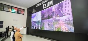 """İzmir'e 1 yıllık yağmurun yüzde 18'i bir gecede yağdı Başkan Soyer: """"İzmir son 24 saattir çok büyük bir felaketle karşı karşıya"""" """"Metrekareye 126 kilogram su düştü, bu çok ciddi bir rakam"""""""