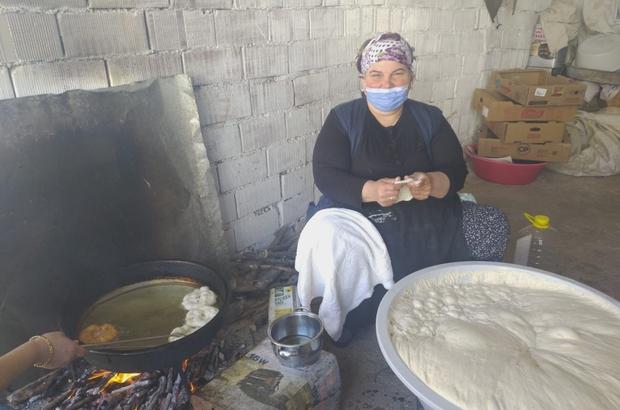 Asırlık el yapımı lokma geleneği yaşatılıyor Asırlardır el yapımı lokma geleneği devam ediyor
