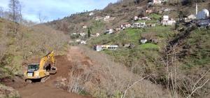 Bu köyün her ihtiyacı devletten yardım beklemeden köylüler tarafından yapılıyor