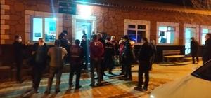 Konya'daki depremde birkaç evde küçük çatlak var Tuzlukçu ilçesi merkezli depremin ardından ilçe kaymakamı ve ekipler çalışmalarını sürdürüyor