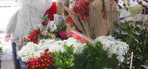 Korona virüs çiçekçileri soldurdu