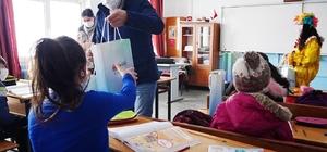 Atakum'da ilk ders zili hediyelerle çaldı Atakum Belediyesi'nden miniklere yeni dönem sürprizi