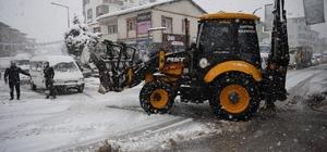 Kartepe'de karla mücadele sürüyor