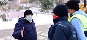 Başkan Orkan, karla mücadele çalışmalarını yerinde inceledi Başkan Orkan sahada
