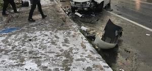 Çınarcık'ta trafik kazası: 2 yaralı