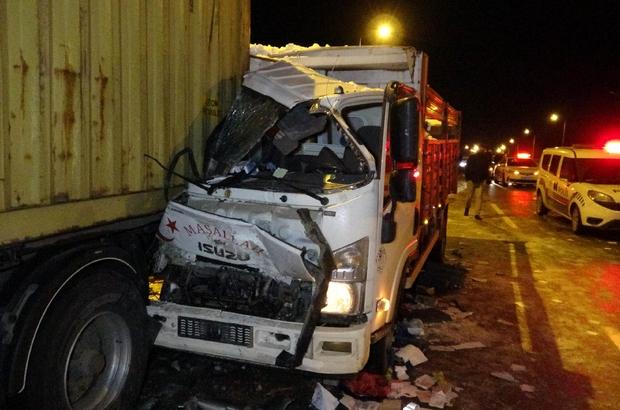 Buzdan kayan 15 araç birbirine girdi: 1'i ağır 4 yaralı