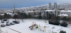 Elazığ'da kar etkili oldu, 101 köy yolu kapandı