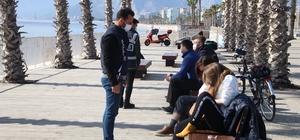 Antalya'da sahildeki yoğunluğa sıkı denetim Deniz polisi sahilden asayiş ekipleri karadan denetim yaptı