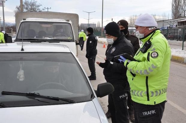 Polisten 'Çakarlı araç' denetimi
