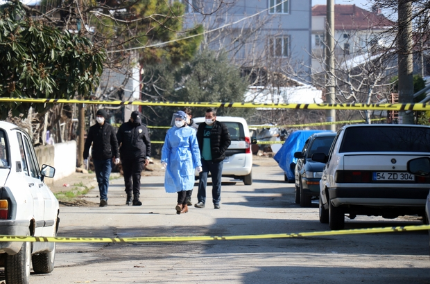 """Akraba ziyareti pahalıya patladı, 7 evde 33 kişi karantinaya alındı Karantina altındaki sokağın yarısı giriş çıkışlara kapatıldı Mahalle Muhtarı Erkan Çakmak: """"Sokağımızda gerekli tedbirler alındı"""""""