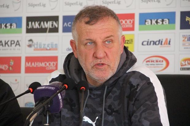 """Mesut Bakkal: """"6 haftalık periyodun arkasından böyle bir sonuç beklemiyorduk"""" BB Erzurumspor Teknik Direktörü Mesut Bakkal: """"Sezonun her halde en güzel kafa gölünü yedik"""""""