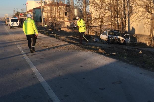 Yola çıkan köpeğe çarpan cip şarampole indi, sürücü yaralandı