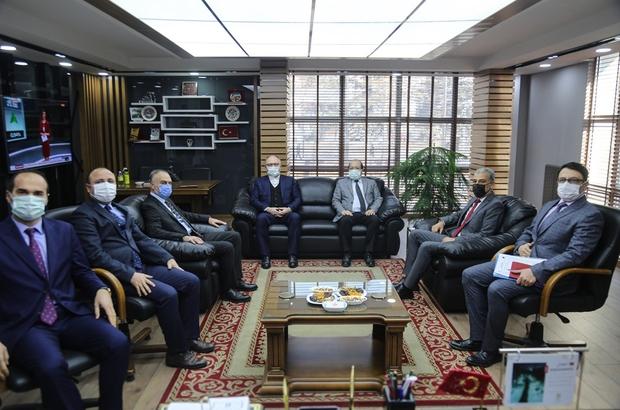 Numune Hastanesine üstgeçit projesi hayata geçiyor Sivas Belediyesi trafik yoğunluğunun yaşandığı Yeni Numune Hastanesi yoluna üstgeçit yaparak yaşanan yoğunluğu en aza indirmeyi planlıyor