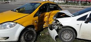 Güvenlik kamerası tarafından kaydedilen kazada 1 kişi öldü, 2 kişi yaralandı