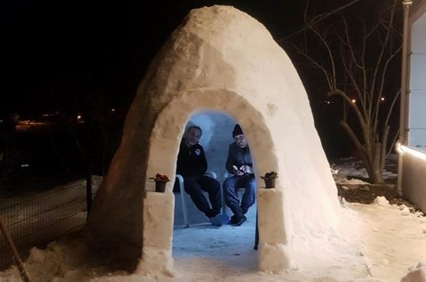 Kardan tek odalı ev yaptı