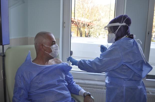 Marmaris Kaymakamı Ertuğ Şevket Aksoy Covid-19 aşısını yaptırdı