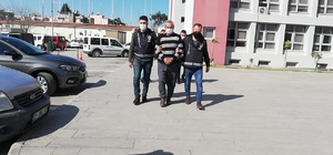 Arazi cinayetinde karı-koca tutuklandı Adana'da 4 dönüm arazi yüzünden çıkan tartışmada yeğenin öldürülmesi nedeniyle karı-koca tutuklandı