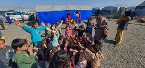 Çadırların arasından çocuk kahkahaları yükseldi Mersin Büyükşehir Belediyesinin, Suriyeli tarım işçilerinin yaşadıkları çadırlarda düzenlediği etkinlikte çocuklar doyasıya eğlendi