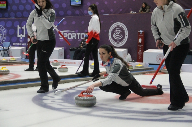 Curling Süper Lig müsabakaları 95 sporcunun katılımıyla Erzurum'da başladı