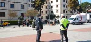Polisten maske mesafe denetimi